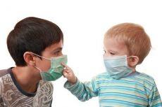 Очень сухой кашель и температура у ребенка что делать thumbnail